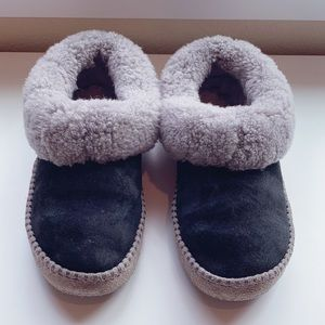 UGG Slippers - Wrin Style